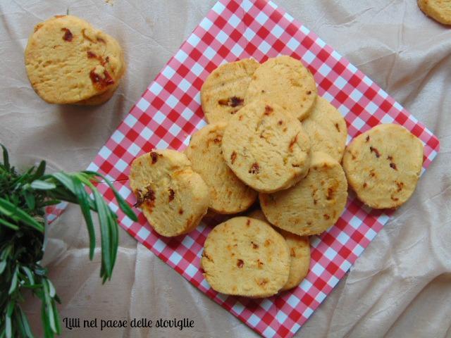 biscotti parmigiano bucce essicate