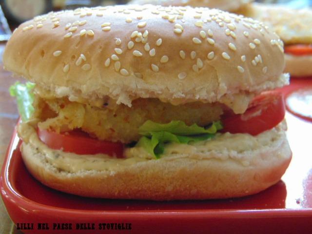 baccalà, burger, hamburger, pesce, verdure, maionese