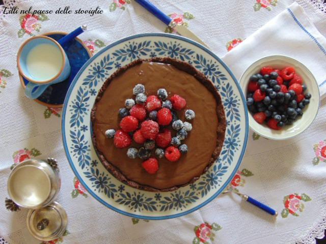 black forest, torta cioccolato frutta