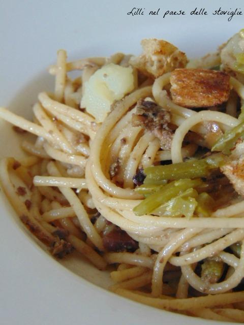 pesto, acciughe, capperi, olive, pasta, primo, patate, fagiolini
