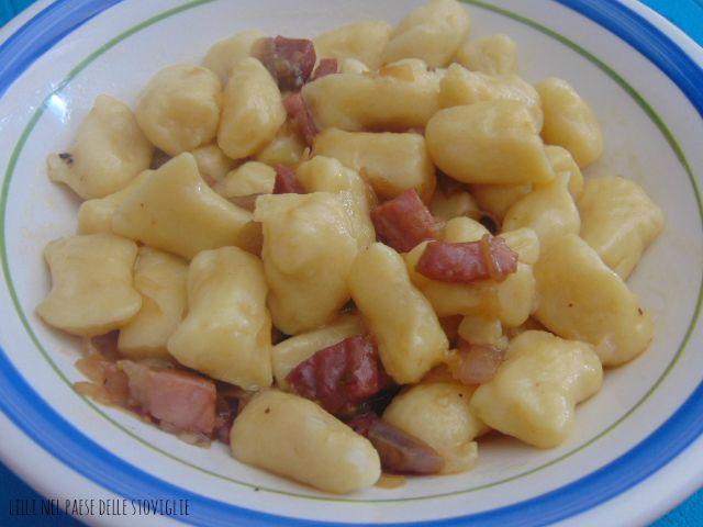 gnocchi, birra, speck, patate