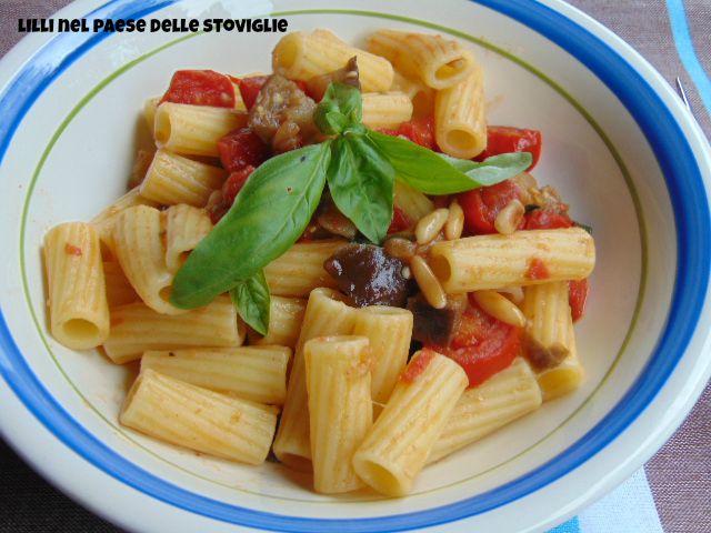 pinoli tostati, primi, verdure, pasta