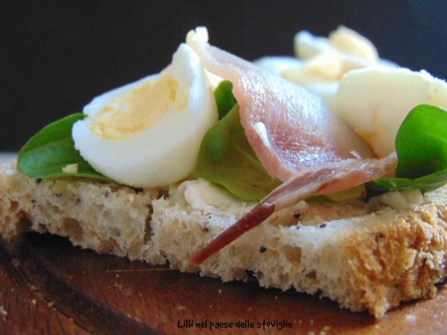 pesce spada, uova di quaglia, pane, burro, insalata, danimarca, stuzzichino, finger food, antipasto