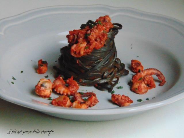 pesce, moscardini, nero di seppia, tagliolini, pasta fresca, pomodoro, pasta, primi piatti