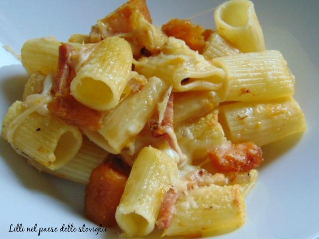pasta, primi, zucca, verdura, speck, salumi, formaggio, fontina