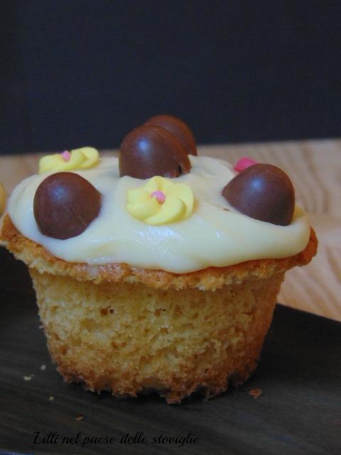 cupcake, pasqua, festa, ovetti, cioccolato, cioccolato bianco, america, colazione, merenda, dolci