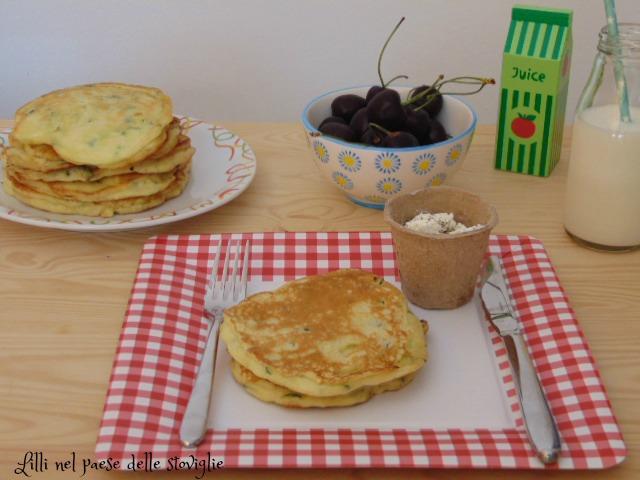 pancake, zucchine, verdure, robiola, colazione salata, antipasto, formaggio