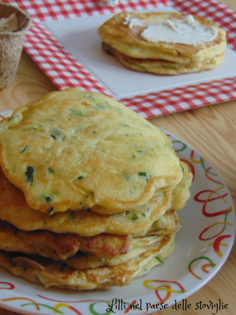 pancake, zucchine, verdure, colazione salata, robiola, formaggio, antipasto