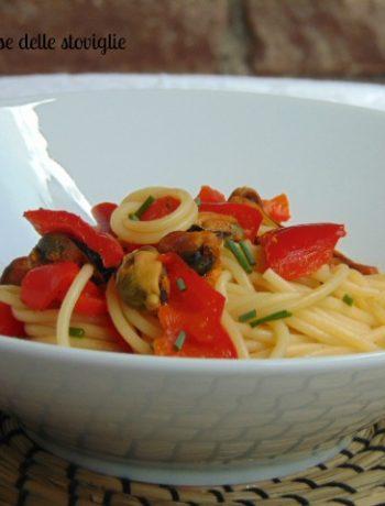spaghetti, peperoni, verdure, cozze, pesce, primi, pasta