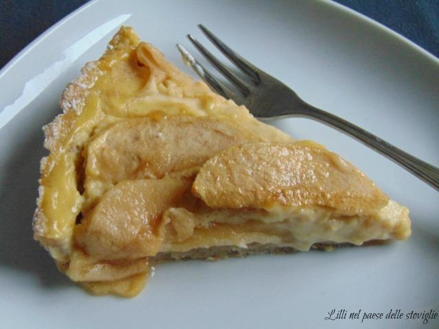 crostata, torte, dolci, colazione, merenda, mele, frutta, cannella, spezie, crema
