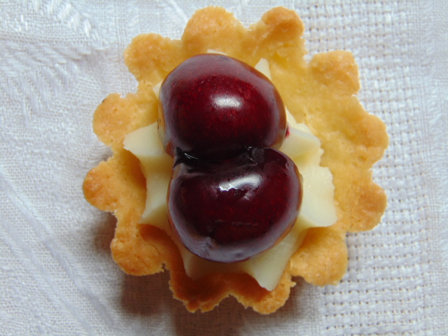 crema ganache, dolci, cioccolato bianco, cocco, frutta, ciliegie