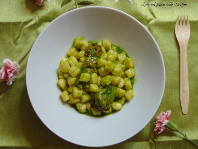 chicche, fiori di zucca, verdure, primi, gnocchi, patate