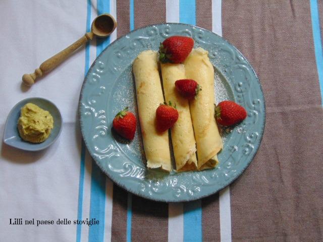 crepes, uova, colazione, merenda, pistacchi, frutta secca, crema, uova