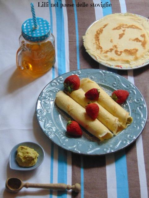 crepes, uova, merenda, dolci, frutta secca, pistacchi, crema, colazione