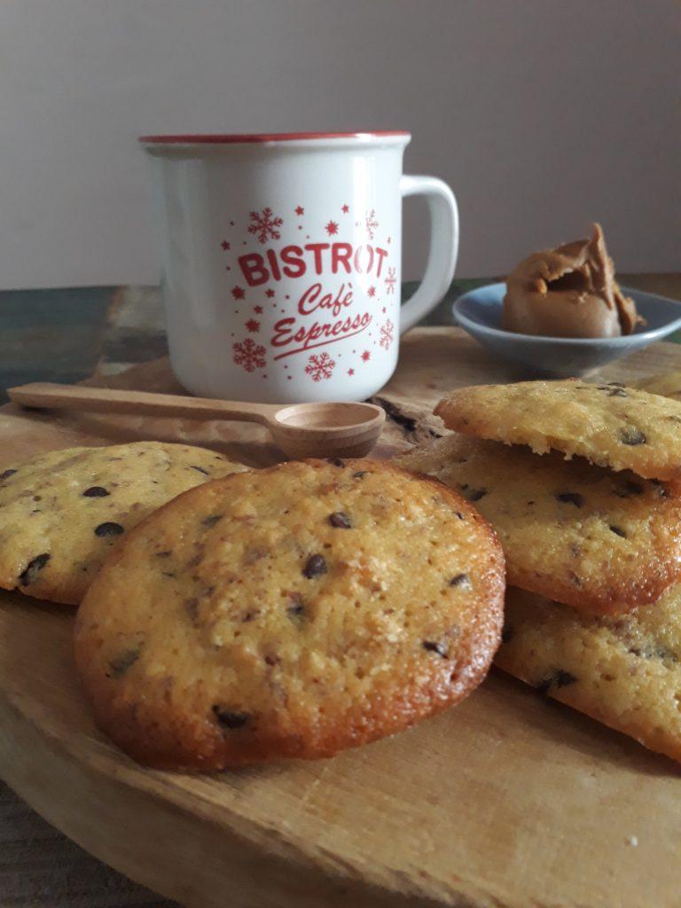 biscotti al cioccolato con burro di arachidi
