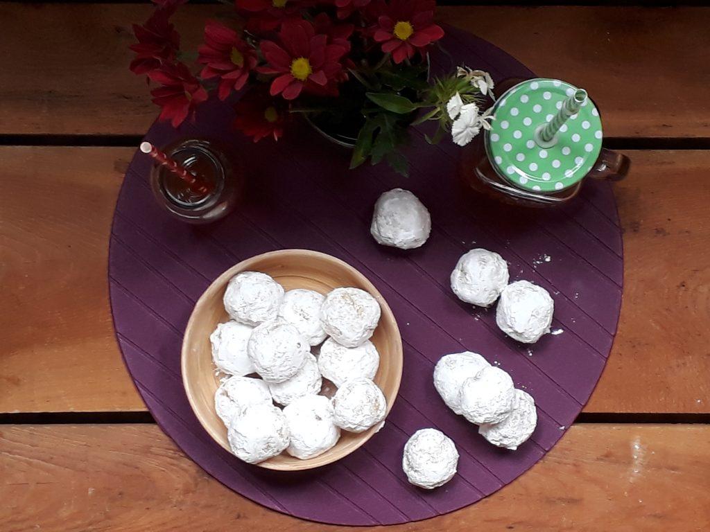 palline cocco e zucchero a velo