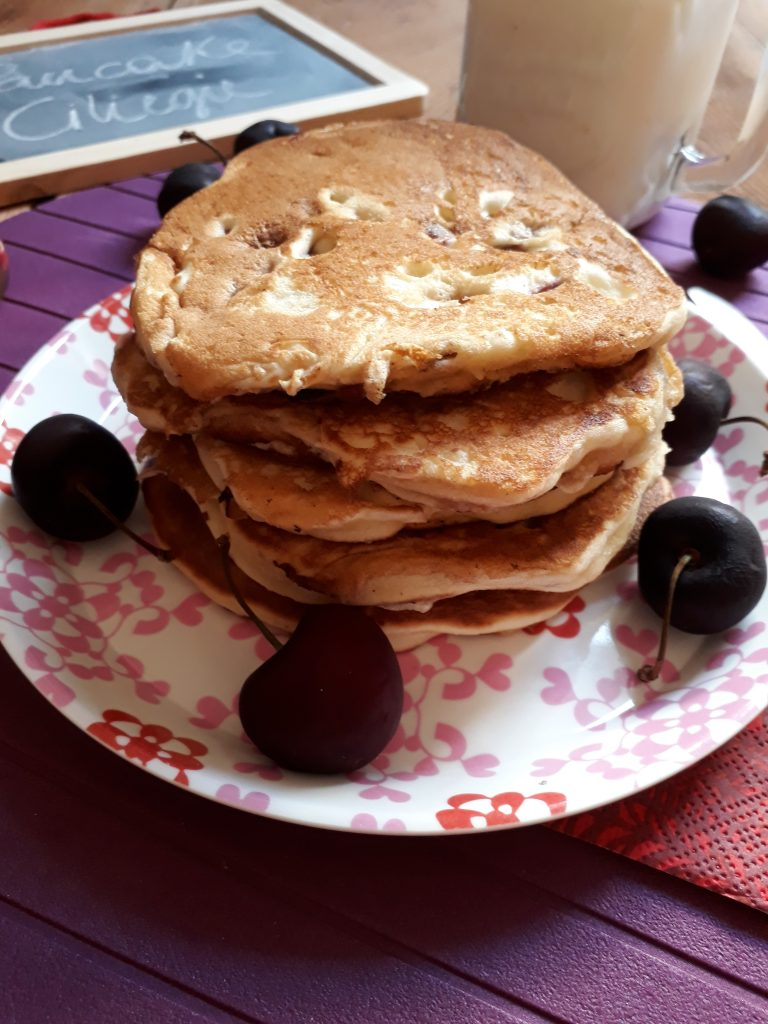 pancake con ciliegie