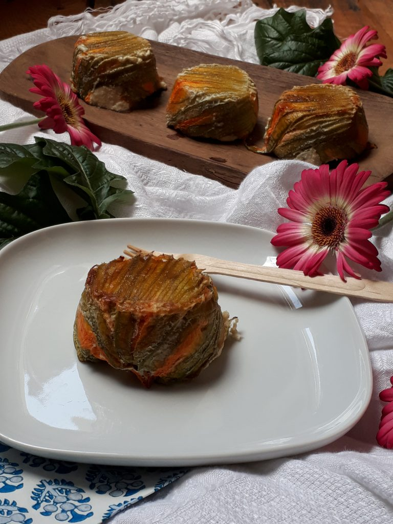 tortino di fiori di zucca ricotta e pomodori secchi