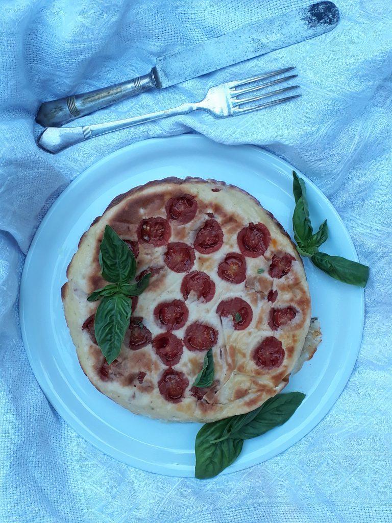 tortino pomodori acciughe e mozzarella