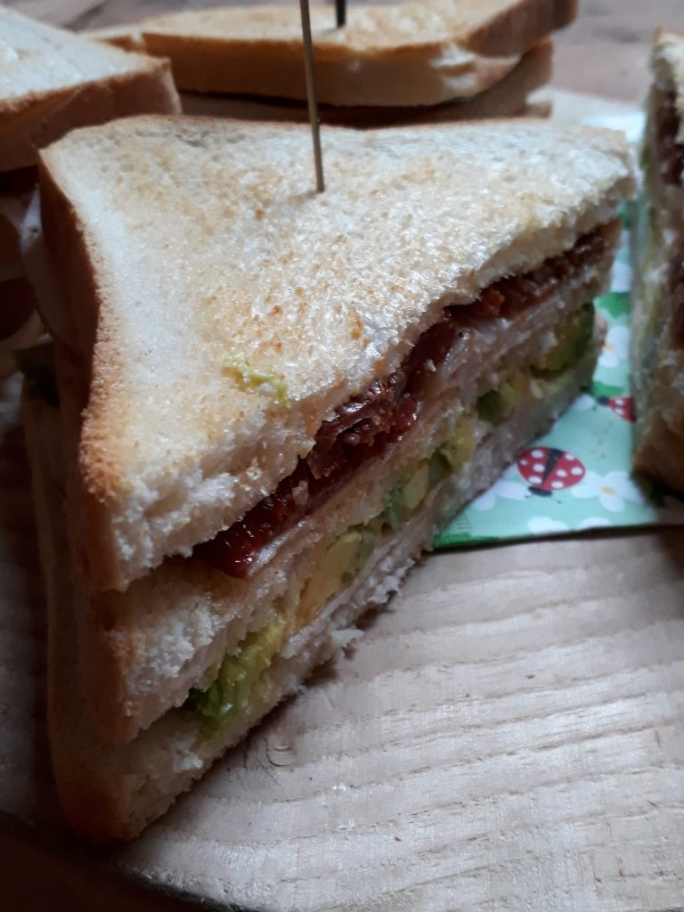 club sandwich tacchino avocado