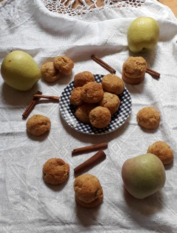 cookies con nocciole mele e cannella