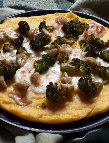 pizza alla polenta con broccoli e castagne