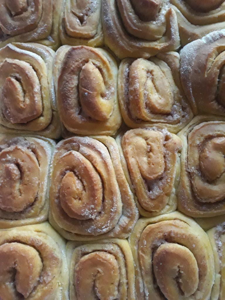 cinnamon rolls con la zucca