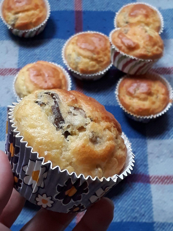 muffin con radicchio tardivo noci e pecorino
