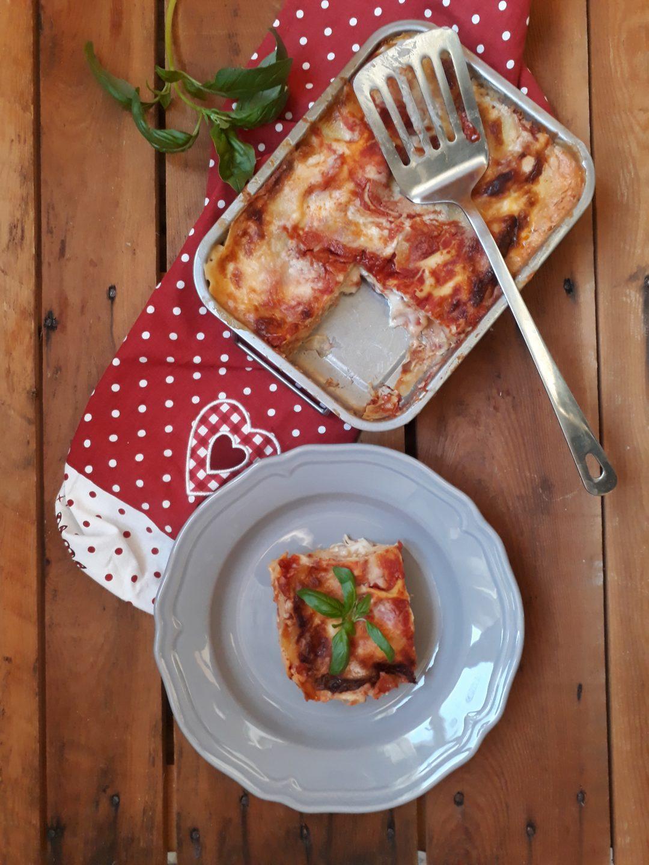 lasagne alla mozzarella e pomodoro