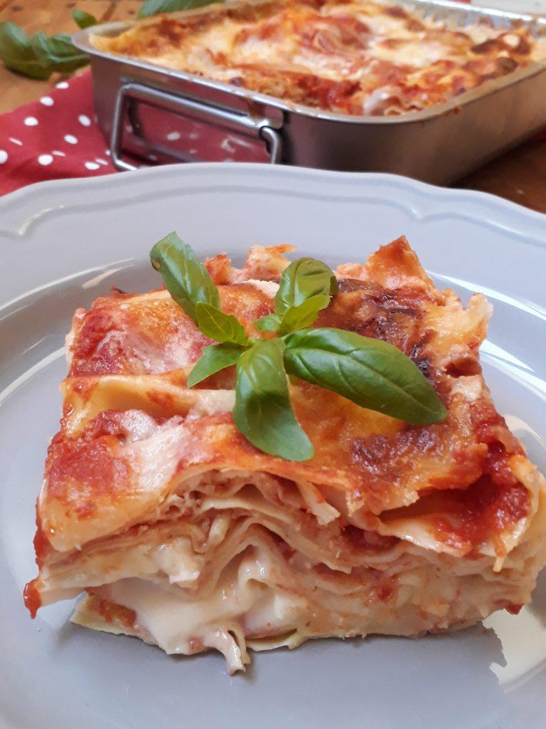 lasagne pomodoro e mozzerella