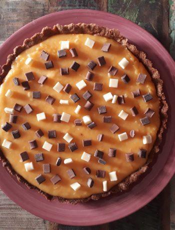 torta agli amaretti crema di pesche e cioccolato