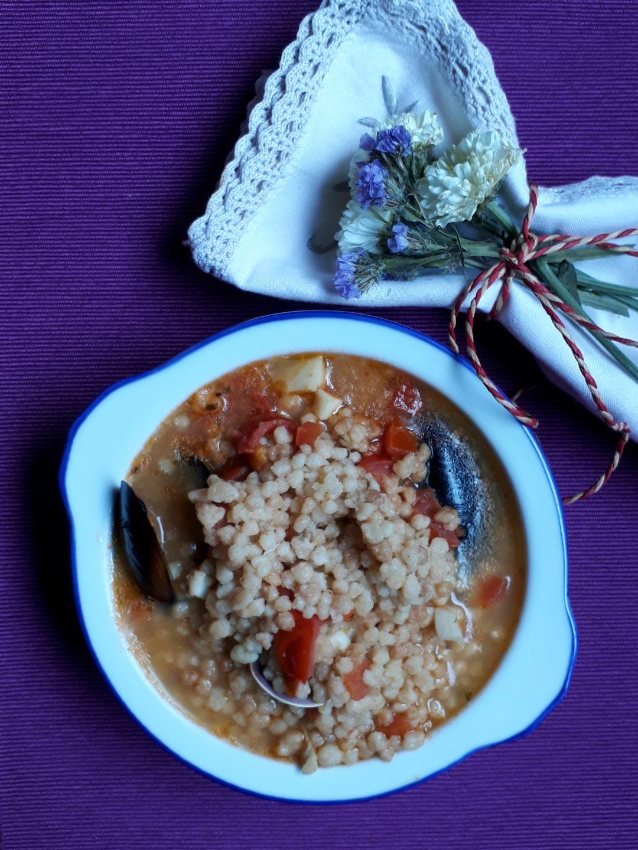 zuppa con pesce e fregola