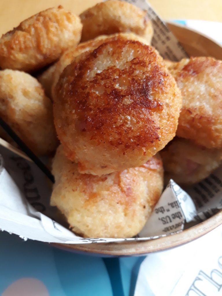 polpette di parmigiano prosciutto e pane