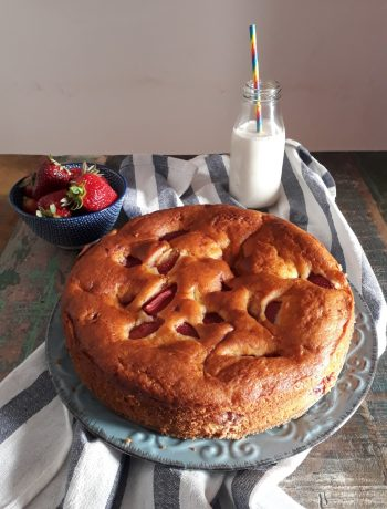 torta al mascarpone con fragole