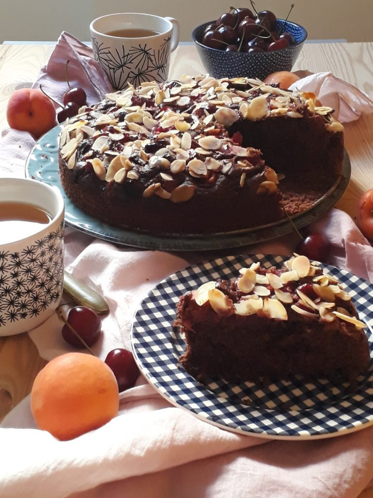 torta al cioccolato mandorle e ciliegie