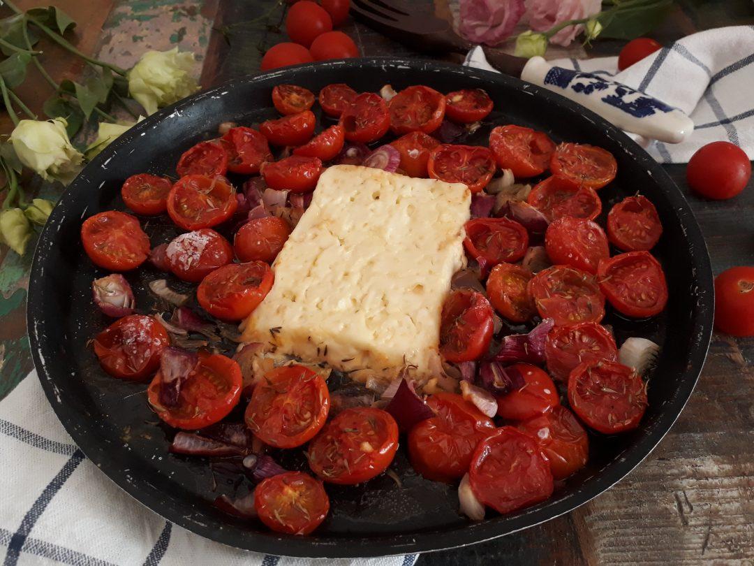 feta con pomodorini cipollotti nel forno