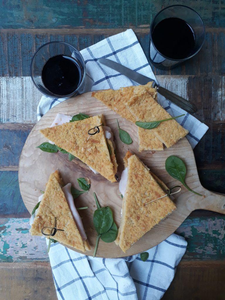 sandwich di farinata tacchino e con spinacini